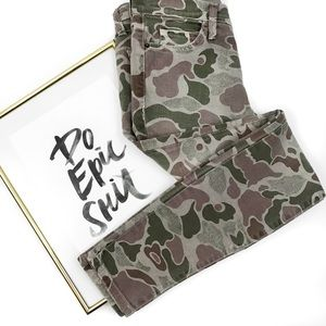 Current Elliot skinny ankle camo jeans